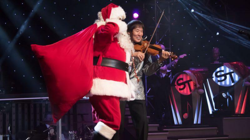 1181029 Shoji Tabuchi Christmas Santa 1 800x450 - Shoji returns to the Branson stage with his incredible Christmas show