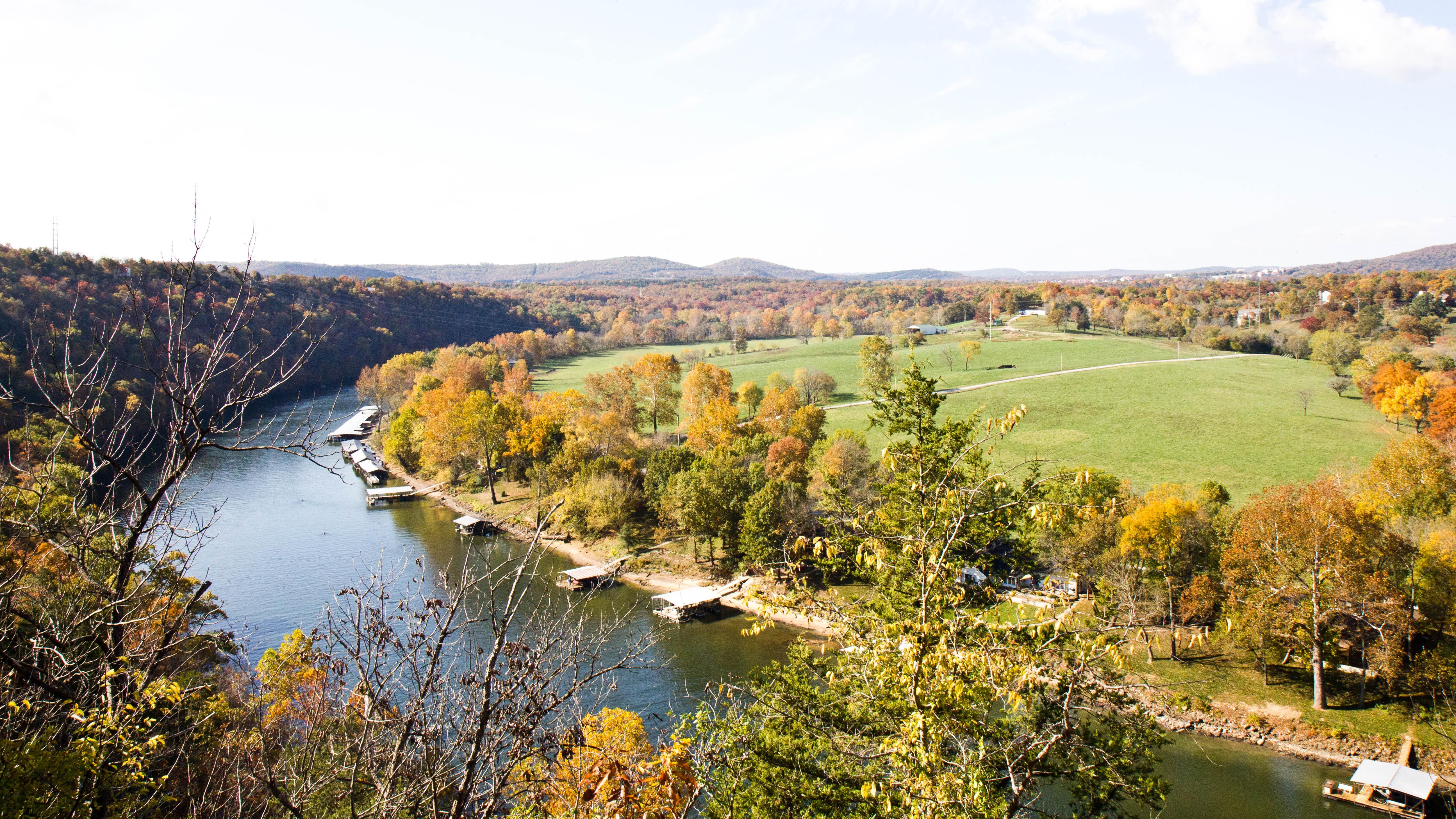 """La Riviere Blanche"" flows beneath Branson's unparalleled Lakes"